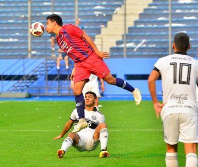 Olimpia golea pero Cerro sigue líder