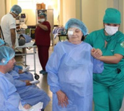 Convocan a personas con 'catarata' para cirugía gratuita