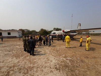 Incendio en el Pantanal: Bomberos forestales y médicos llegan a Bahía Negra