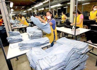Exportaciones de confecciones registran tendencia a la baja