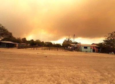 Incendio forestal pone en peligro Bahía Negra