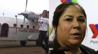 Titular de Petropar defiende vuelo de modelos y revela llamada de Abdo