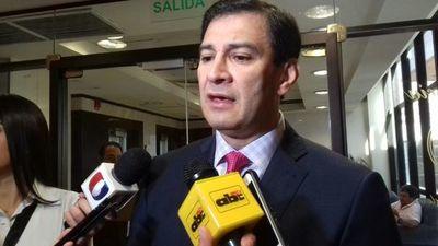 """Beto Ovelar: """"Mario Abdo puede ser manso pero no débil"""""""