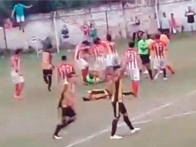 VIDEO: Tarde de furia en la Liga aregüeña