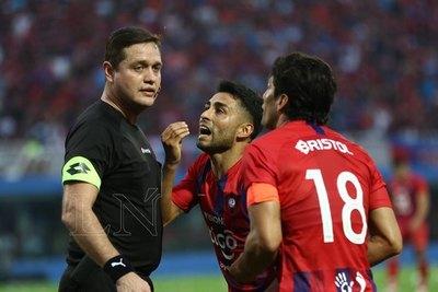 'Me felicitaron por mi arbitraje'