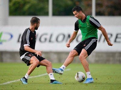Cristiano vuelve a trabajar con Juventus en una sesión sin Sarri