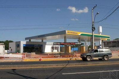 Empresarios aceptan medidas que regula proliferación de gasolineras