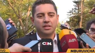 Alliana pide a Abdo Benítez reincorporar a funcionarios de HC en instituciones
