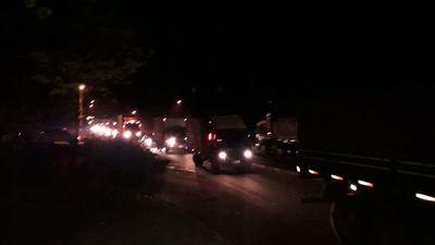 Tomateros liberan Ruta 2 tras caso 10 horas de bloqueo