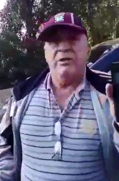 Concejal itagüeño casi atropella a agente policial durante barrera