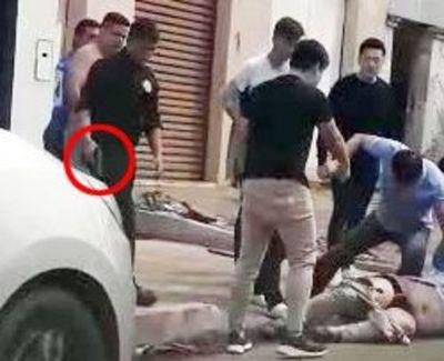 Videos de brutal agresión dan giro a riña en Ciudad del Este