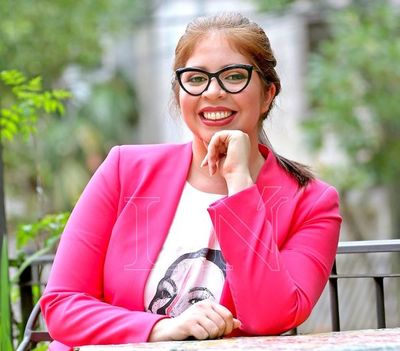 """""""Lo incisivo está muy conectado a la forma del relato"""": Cinthia Mora"""