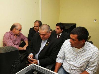 Tras 18 años, el ex ministro Bower y policías inician juicio por torturas