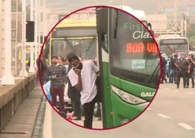 Río de Janeiro: Policía abatió al hombre que secuestró bus con rehenes » Ñanduti