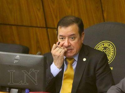 Cuevas solicita que en próxima sesión se trate su desafuero