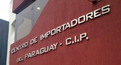 HOY / Importadores alertan por clima de recesión e inoperancia de lucha contra el contrabando