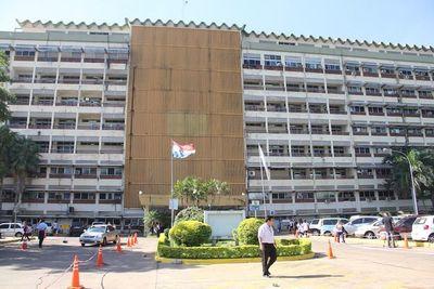 Destituyen a síndico de Contraloría ante el IPS
