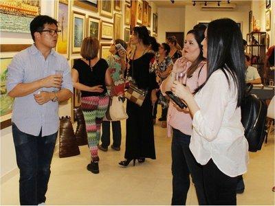 Noche para recorrer galerías de arte, con acceso y buses gratuitos