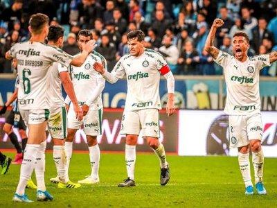 Palmeiras gana a Gremio y se acerca a la semifinal