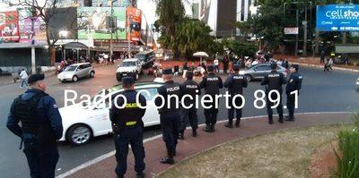 Dos detenidos en inicio de manifestación