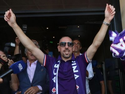 Fiorentina anuncia el fichaje de Frank Ribery