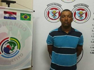 Detienen a hombre con orden de captura en el Brasil