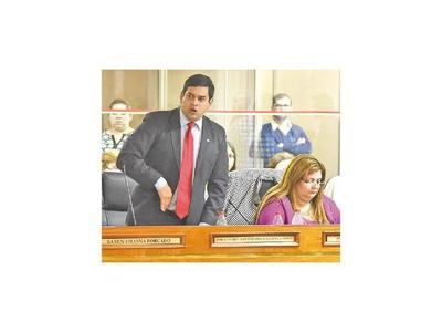 Asunción: Ediles colorados se dividieron en cinco bancadas