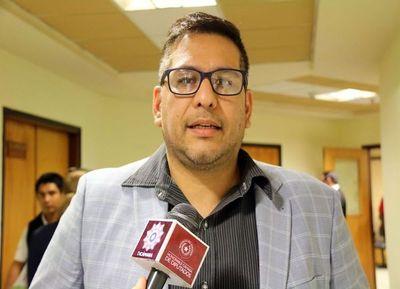 Proyecto del PPQ es criticado por Godoy