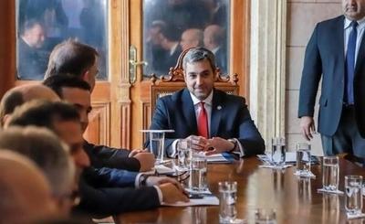 """HOY / Piden a Mario Abdo que deje de ser """"manejado por sindicato de rascabuches"""""""