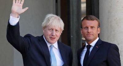 Boris Johnson afirma en París que es posible un acuerdo del Brexit