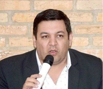 'La vara que se propuso Miguel Prieto es muy alta y él tiene que llenar esa expectativa', dice concejal de CDE