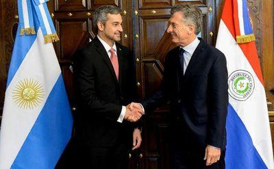 Marito y Macri habilitan hoy el paso por Yacyretá que tendrá restricciones