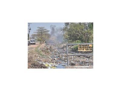 Urgen controlar la quema de basura en las zonas ribereñas