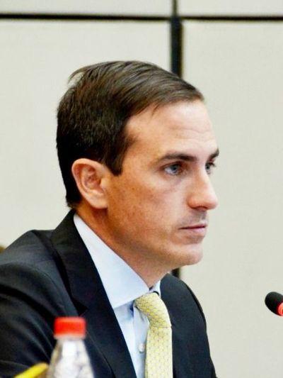 """PPQ solicita a Abdo no dejar en el """"oparei"""""""