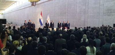 Abdo y Macri habilitan el cruce fronterizo Ayolas-Ituzaingó