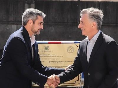 Nuevo paso Ayolas-Ituzaingó: 'cambia para siempre la historia de la región fronteriza', afirma Macri