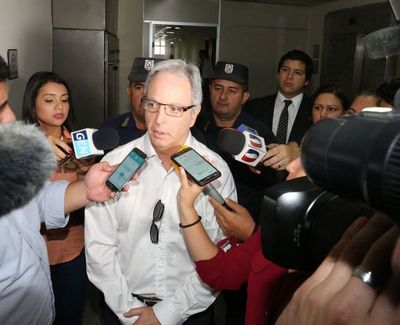 Fiscalía presenta acusación contra Justo Cárdenas