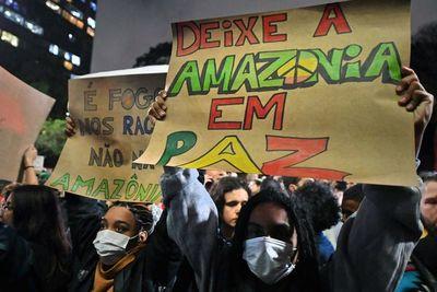 """Bolsonaro acusa a Macron de """"potenciar el odio contra Brasil"""""""