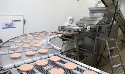 Uruguay habilitó la importación de hamburguesas paraguayas
