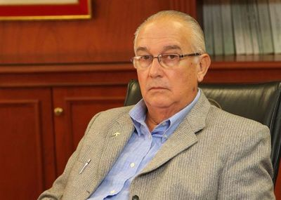 Ratifican la imputación contra ex ministro Bajac