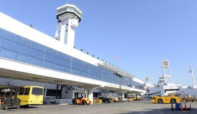 Dinac promete garantizar presencia nacional en ampliación de aeropuerto