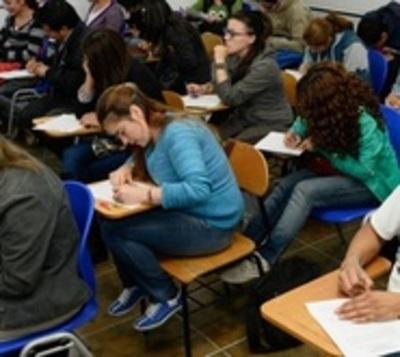 Egresados podrán tener título universitario en 10 días