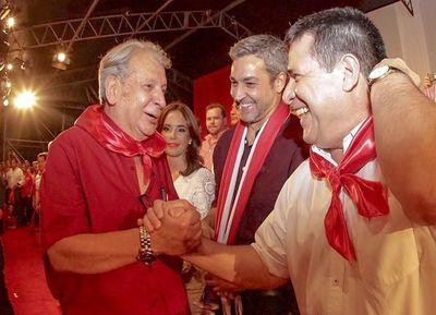 """""""Algunos quieren la reivindicación con su líder Horacio Cartes"""""""