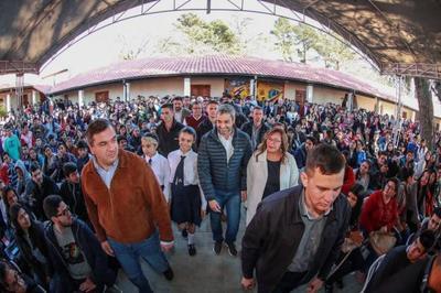 Misiones recibe importante inversión para el sector educativo e infraestructura vial