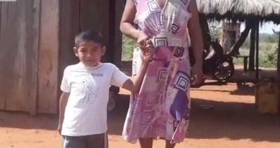 Nació sin piernas y pide ayuda para ir a la escuela