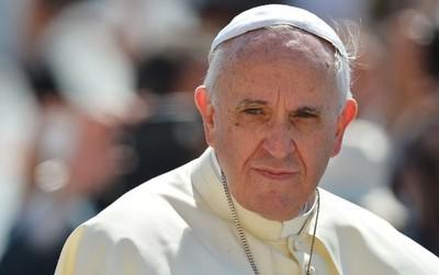 El Papa Francisco pide compromiso global para combatir incendios forestales