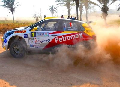 Gustavo Saba es segundo en Rally de Santa cruz