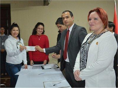 Presos de Tacumbú y Buen Pastor acceden a becas universitarias