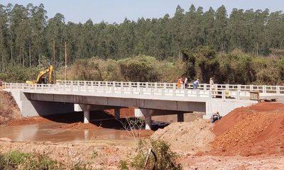 Con cinco puentes buscan mejorar conectividad en Alto Paraná