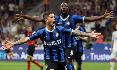 Inter de Milán inicia la temporada goleando al Lecce